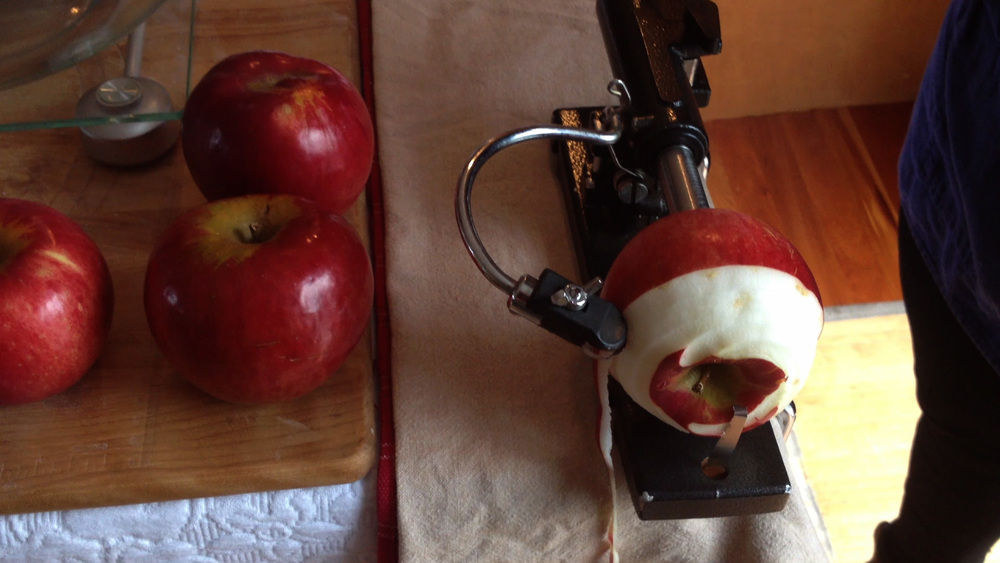 apple-peeler-how-to-make-an-apple-pie