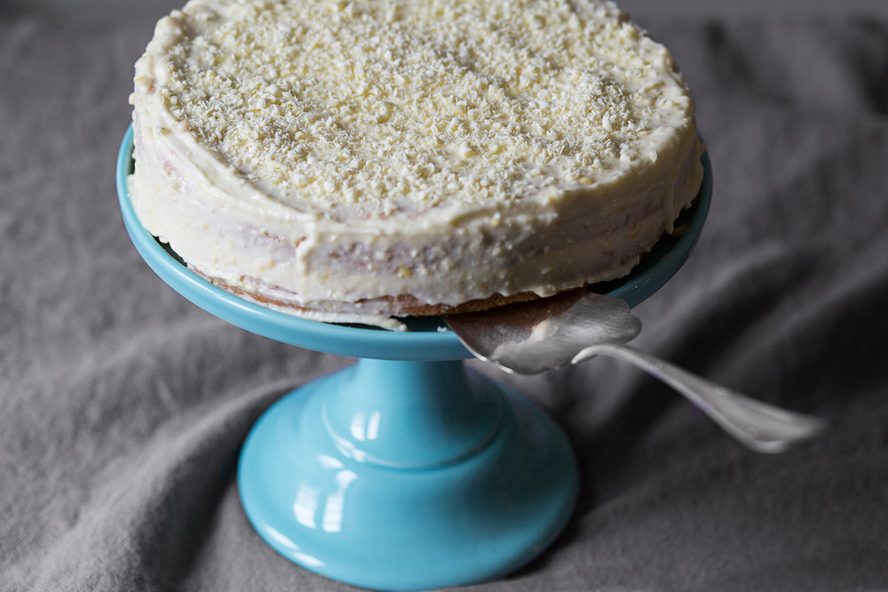 sitronkake med hvit sjokolade.jpg