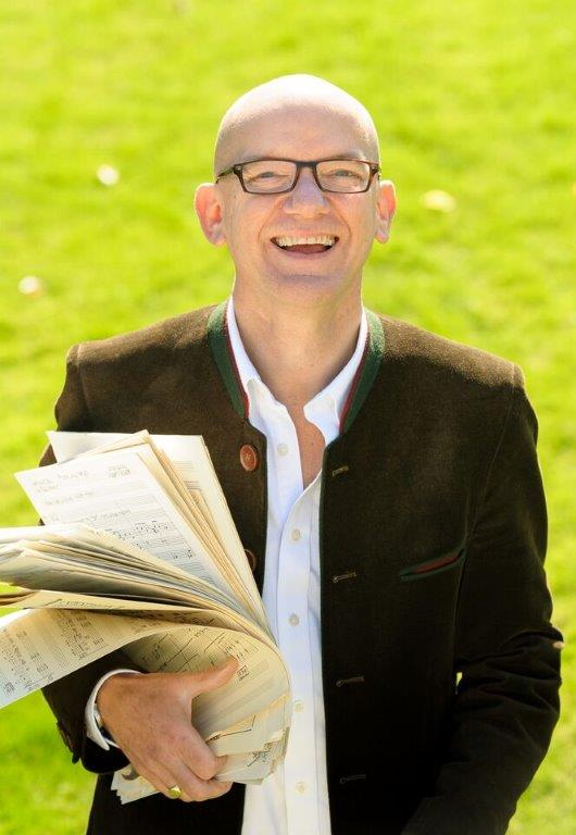 Bob Chilcott with music by John Bellars high res.jpg