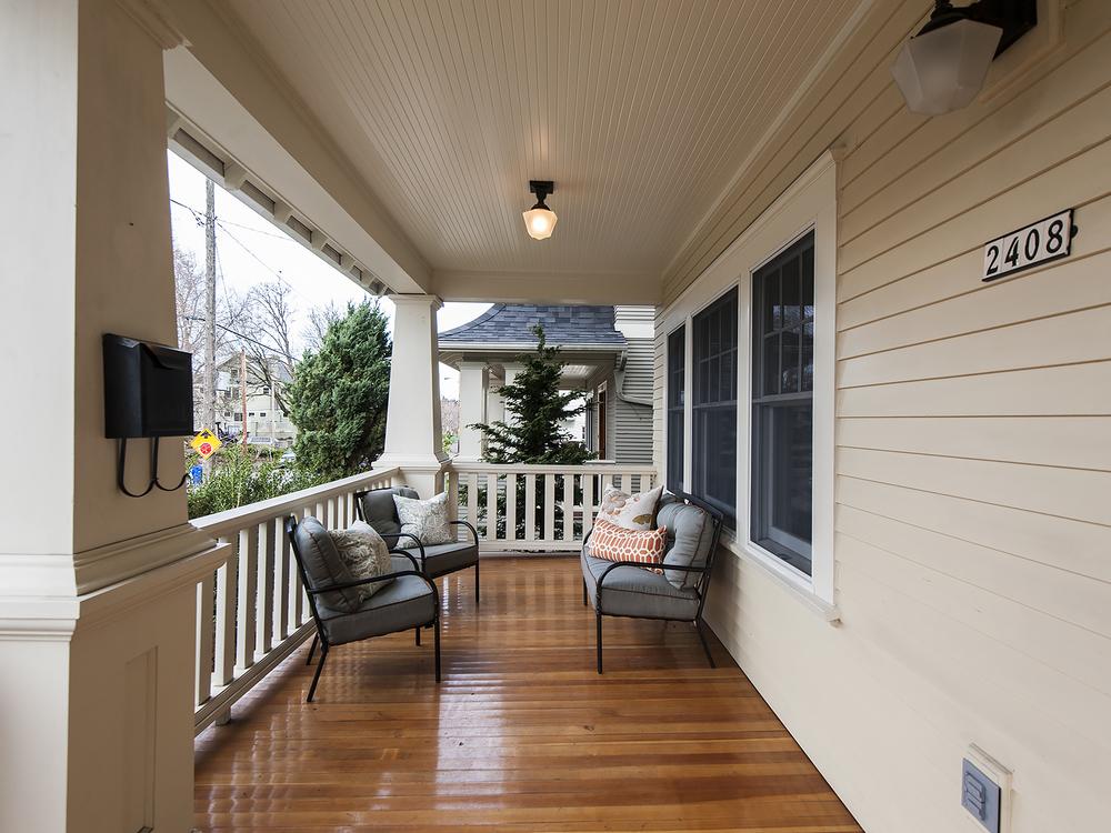 2408 NE 27 Front Porch.jpg