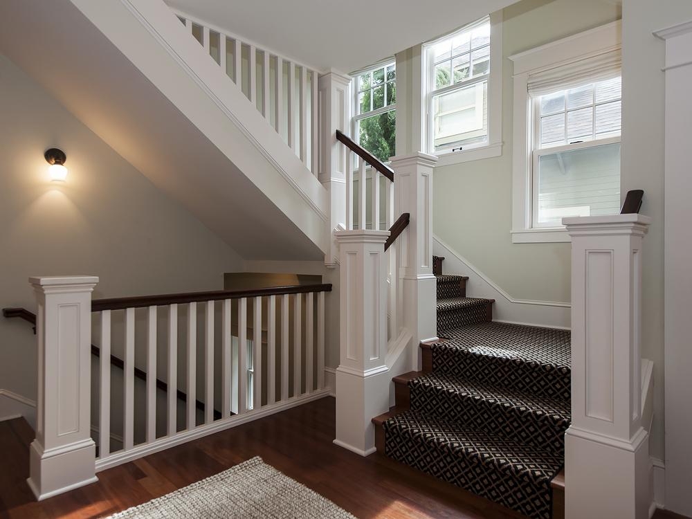 2408 NE 27 Stairway.jpg