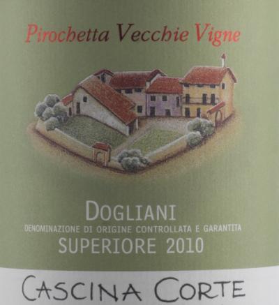 Traubensorte 100% Dolcetto Weinbeschreibung60 Jahre alte Rebstöcke. Ausbau in Edelstahltanks (18 Monate) und Flasche (12 Monate)