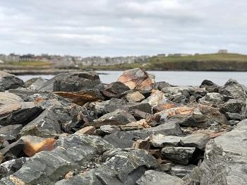 rocks and Lerwick_350.jpg