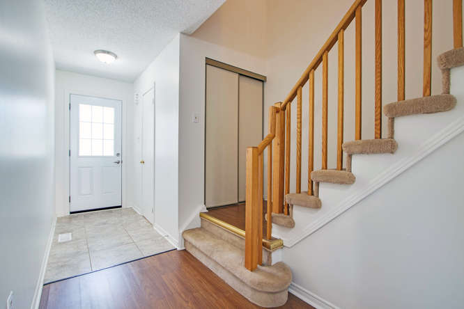 10 Bassett Blvd TH212 Whitby-small-010-10-Foyer-666x444-72dpi.jpg