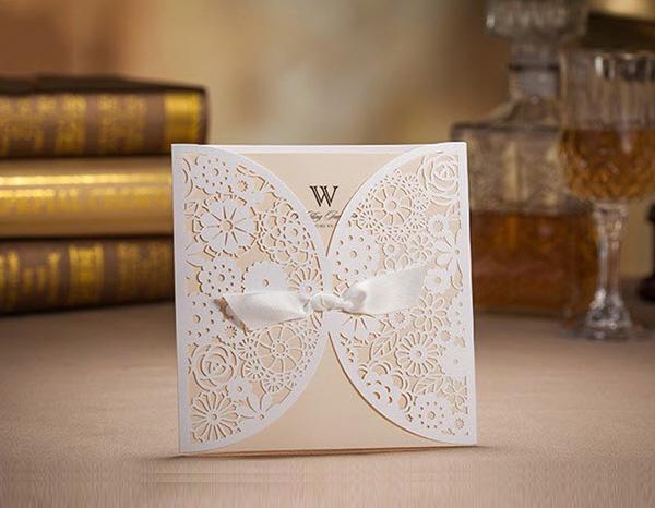 Bmade Elegant Laser Cut Wedding Invitation Card