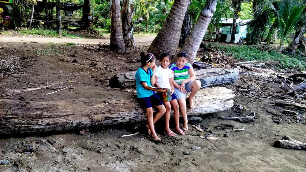 Kids-Beaching.jpg
