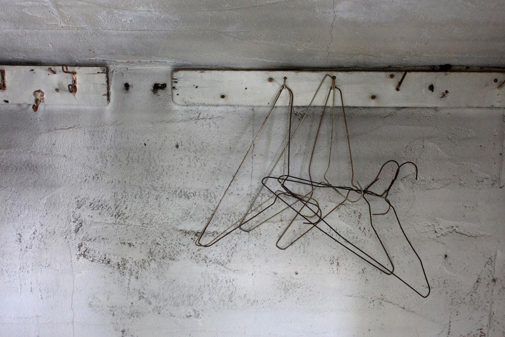 hangars.jpg