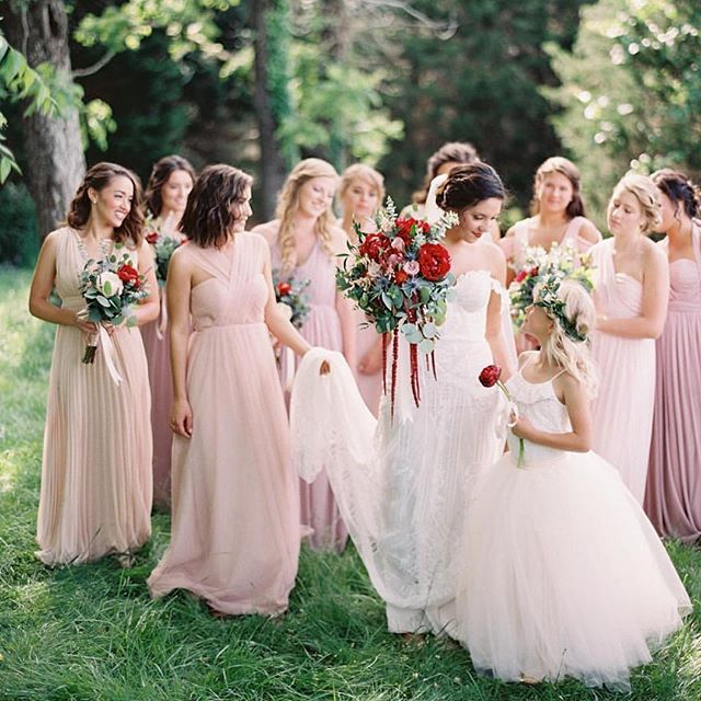 Our stunning real Nashville bride Cassie is featured on @stylemepretty in her @ruedeseinebridal #FoxGown 💕 The bridesmaid dresses, @michaelandcarina photography, and of course her wedding dress... We love it all! #realdresstheorybrides