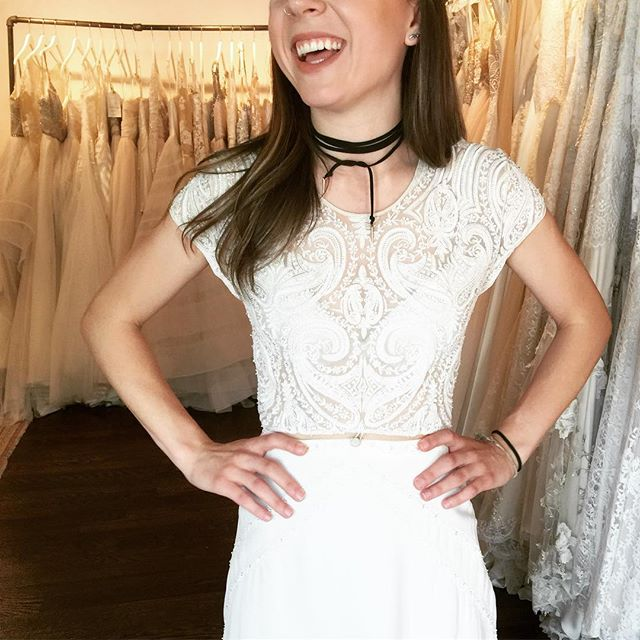 Isra by @boandluca is one of our FAVORITES because it's kind of like a two piece gown, but it's kind of a one piece. So why choose between the two when there's a gown that has both? The hand beaded crop top meets the silk chiffon skirt with a the perfect little button ✨ #TDTstylistpicks #boandlucaisra #boandluca