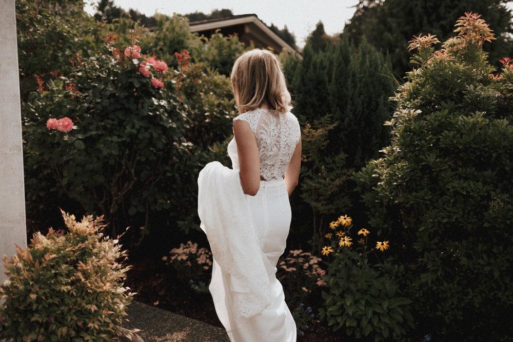 rime-arodaky-wedding-dress-seattle.jpg