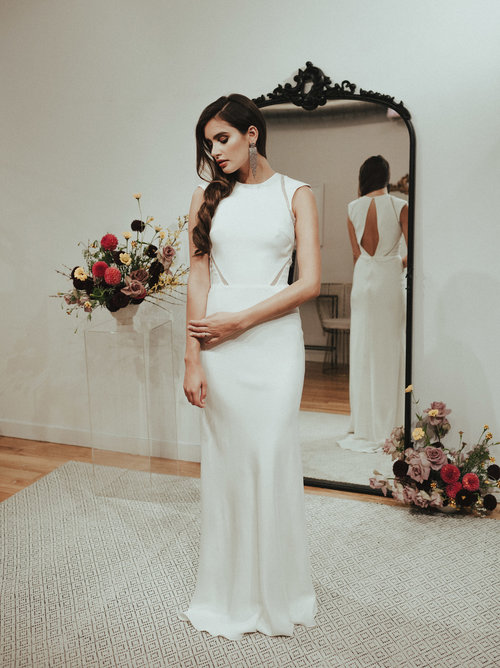 sarah-seven-modern-simple-wedding-dress.jpg