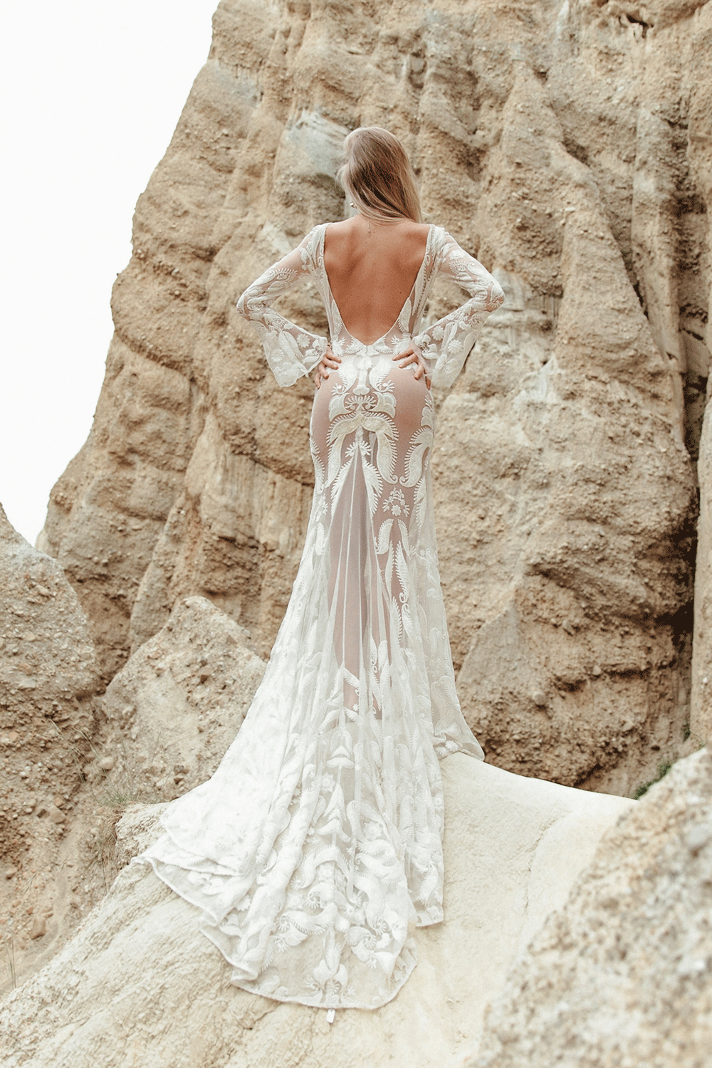 rue-de-seine-wedding-dress-oregon.png