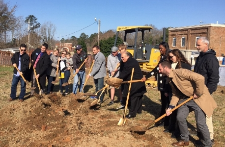Shoes & Brew's Team Helping Break Ground For The New Building!