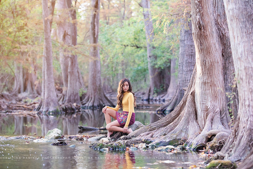 river senior portraits san antonio