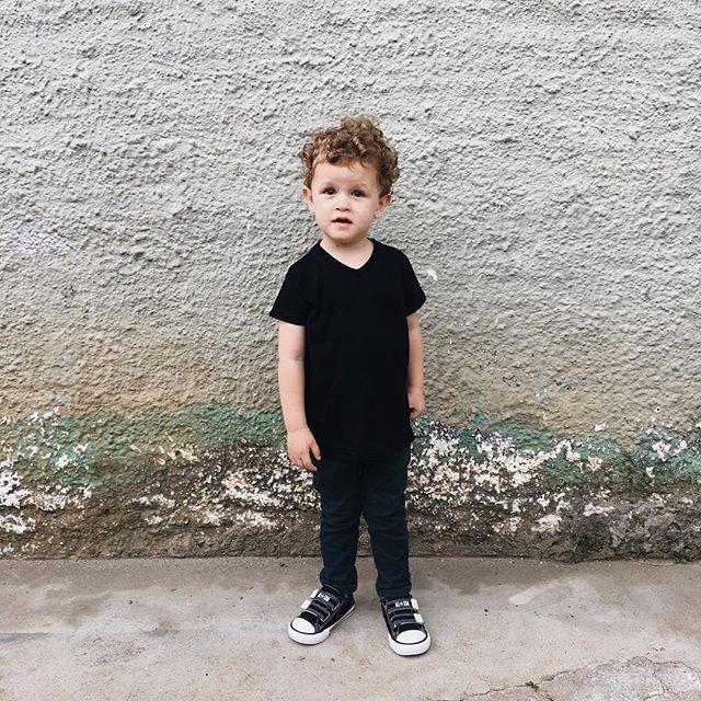 Pequeno homenzinho. Tia Jaque e tio Fafa amam demais!😍 #nossosobrinhobe