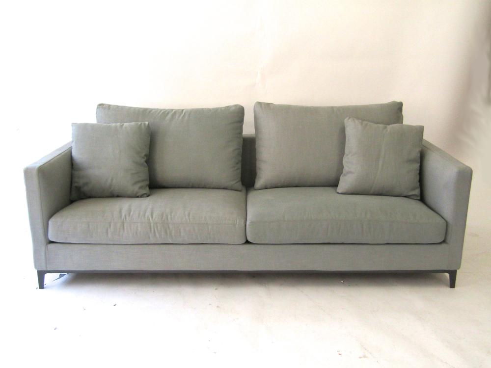 Merveilleux Crescent Sofa