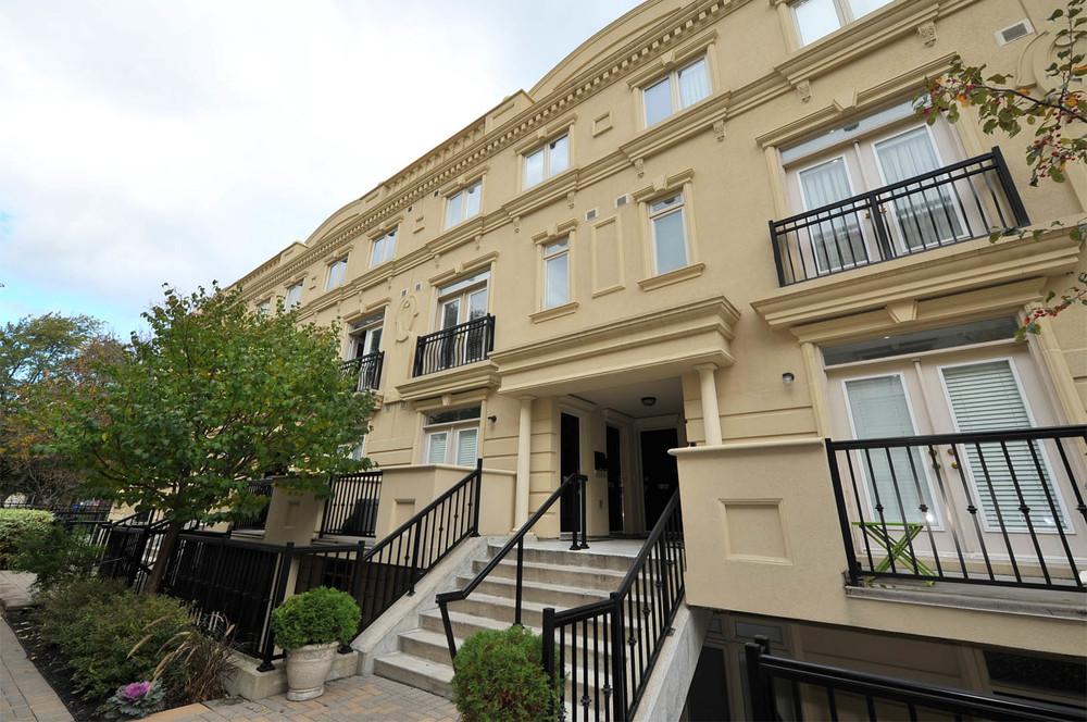 Toronto real estate for 388 richmond terrace