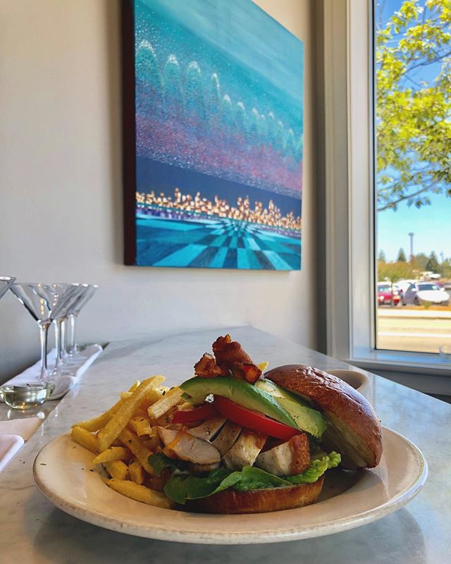 Lunch is served! Chicken club sandwich featuring brioche bun, aioli, cheddar, avocado, bacon, and fries #oswald