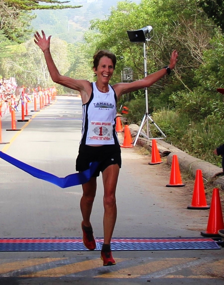 1000 Mile Coach Diana Fitzpatrick  winning the 2014 Dipsea Race