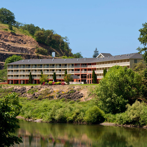 Holiday Inn Express hotel by the river surrounded by nature