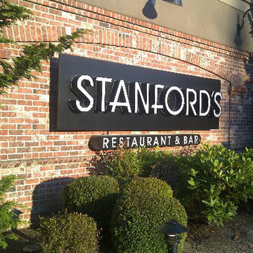 Stanford's restaurant signage