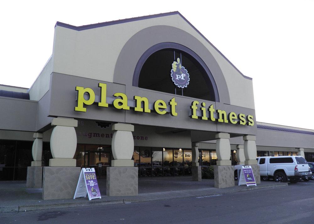 Planet Fitness Shute Park Plaza Kensington