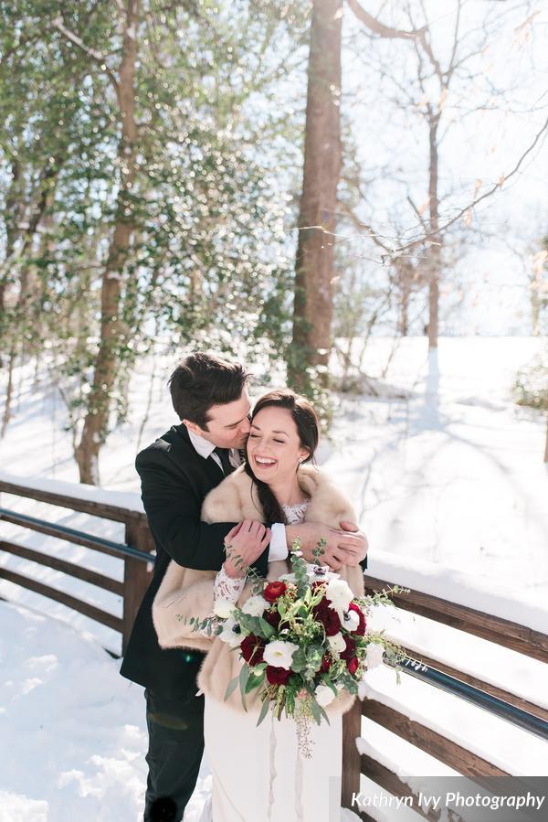 __KathrynIvyPhotography_snowystyledshootkathrynivyphotographysubmissionphotos14_0_low.jpg