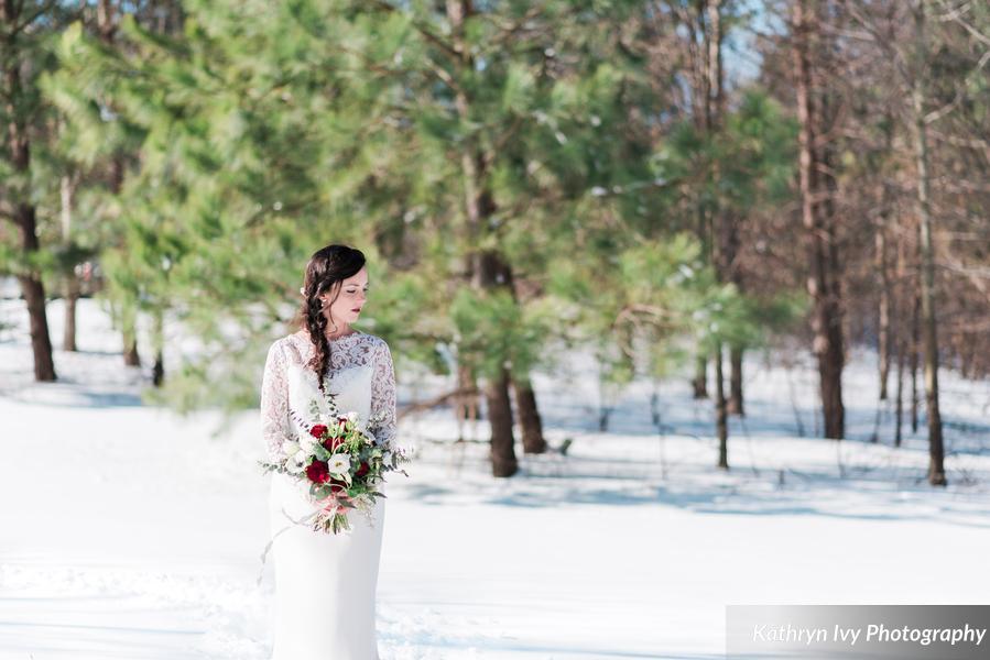 __KathrynIvyPhotography_snowystyledshootkathrynivyphotographysubmissionphotos46_0_low.jpg
