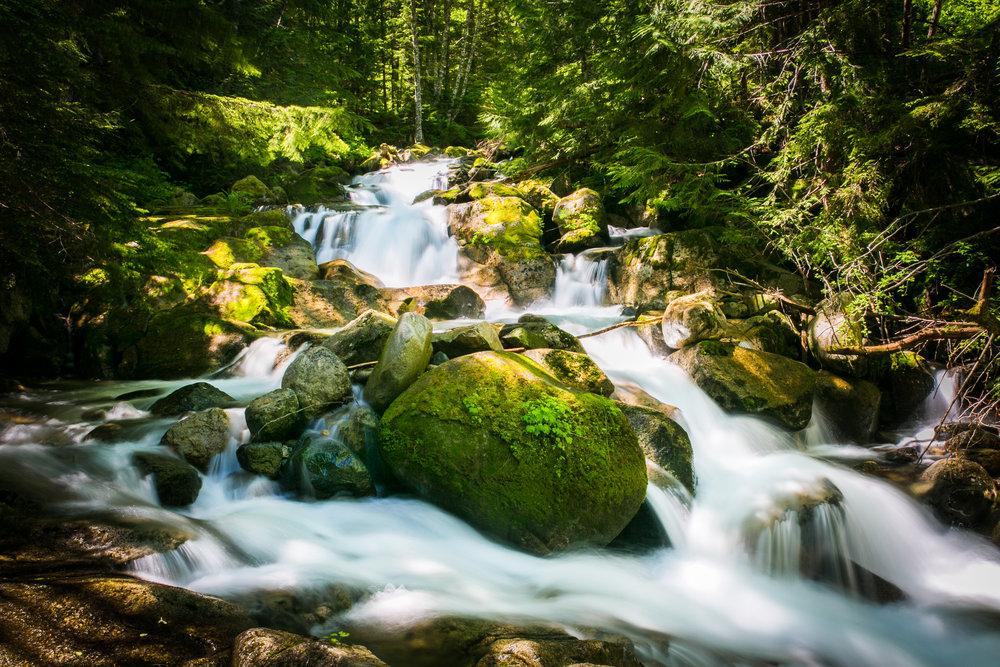 lake anette waterfall-1.jpg