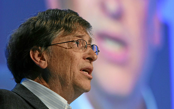 Bill Gates: his views on under- and over-estimating change apply to everything...