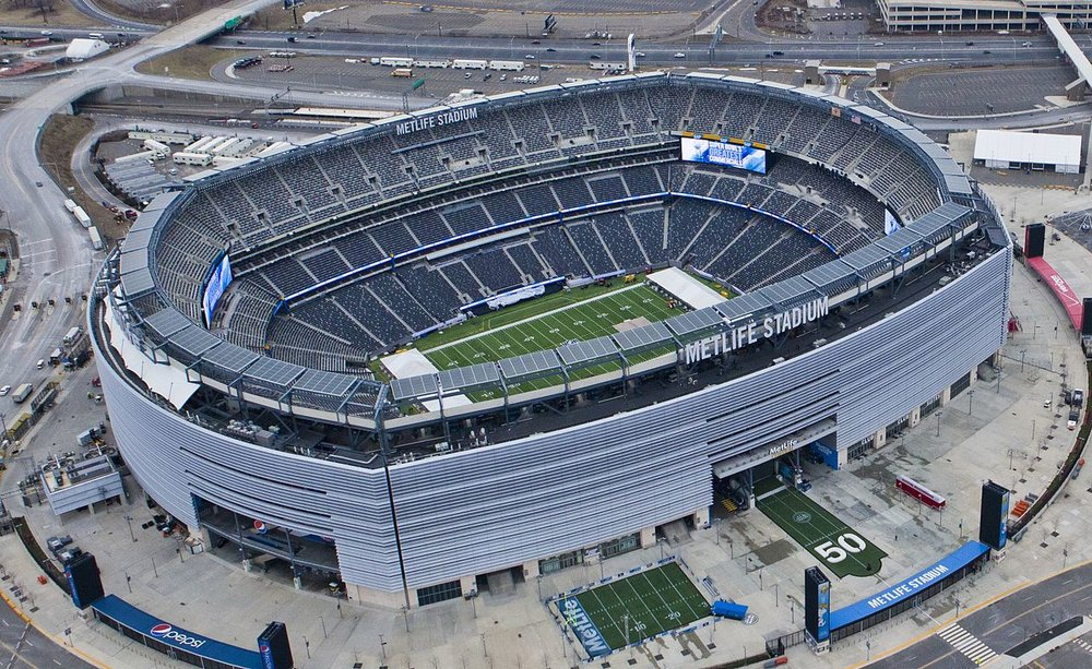The MetLife Stadium - the current home of the Giants                      Photo: Wikimedia