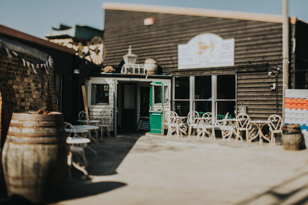 whistable_lobster_shack_wedding_008.jpg