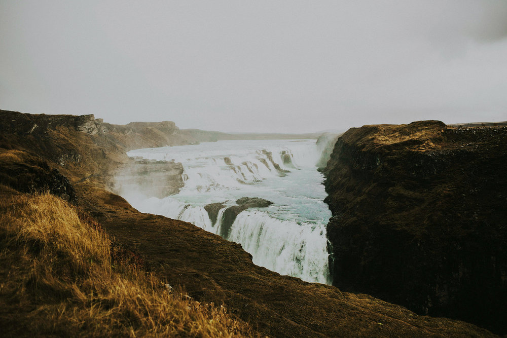 Iceland Gulfoss elopement photographer