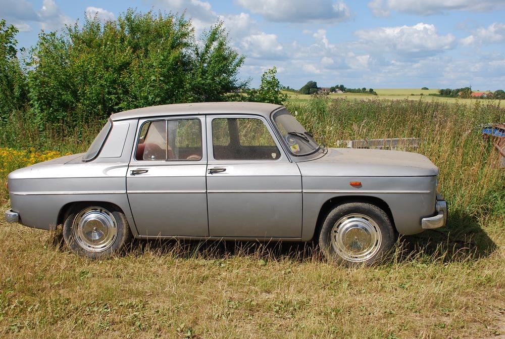 Denne bil med produktionsnummer 009 er den ældste kendte R8 udenfor fabrikkens museum overhovedet. Den står pænt parkeret i en garage hos et klubmedlem i Christiansfeld.