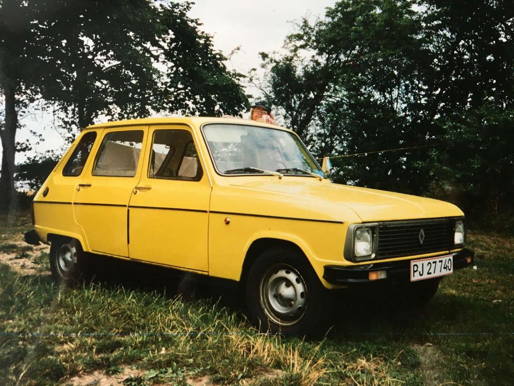 Denne fine solgule danske R6 TL årgang 1978 (type 2) tilhørte Heidi Svendsen. Bilen var totalrestaureret af hendes far - den erfarne Renault-specialist Villy Svendsen.