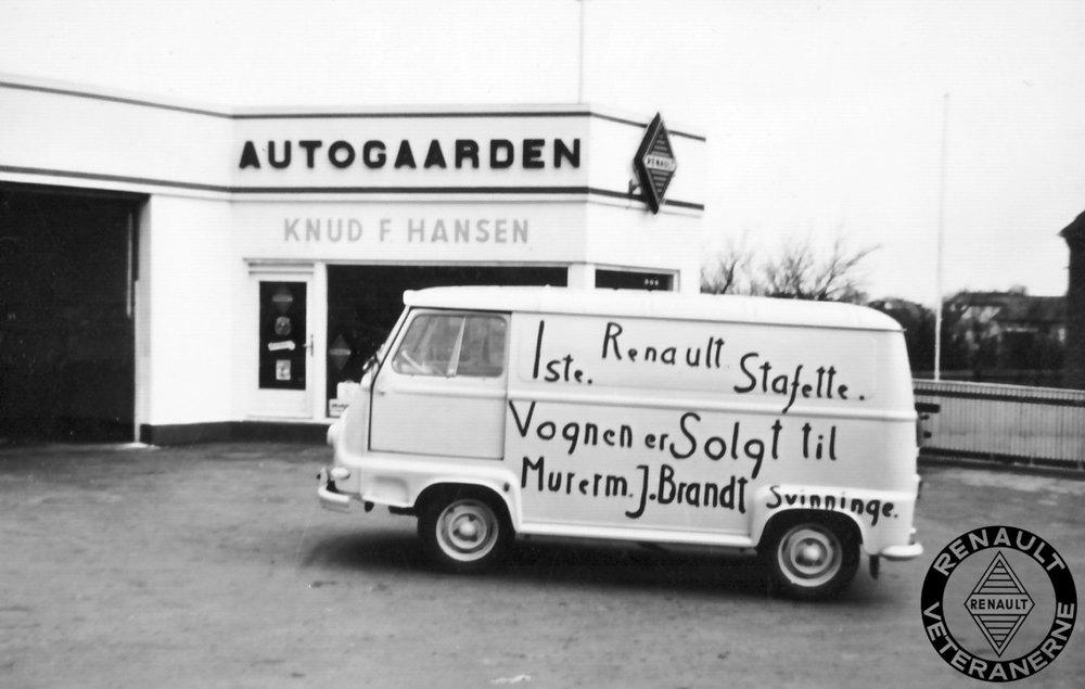 Den første Stafette i Danmark. Køberen var murermester Johs. Brandt, der i forvejen allerede havde en del Renaulter i sin flåde af køretøjer.  Foto: Ole W. Hansen