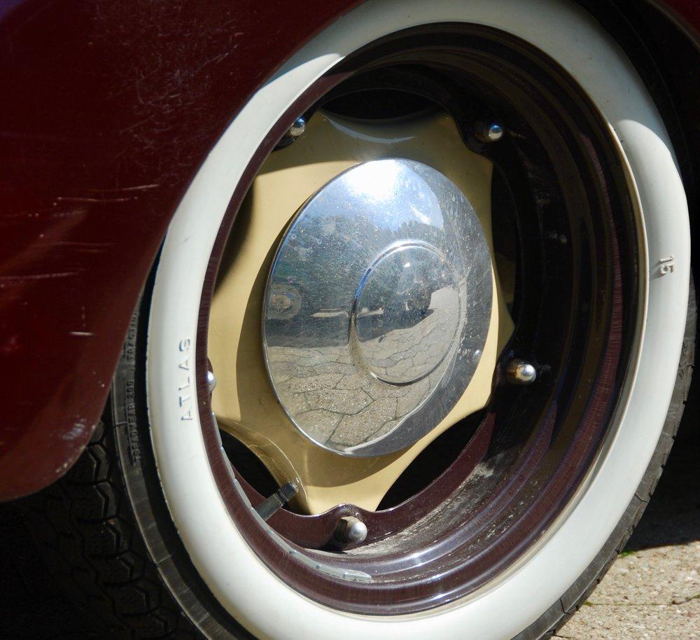 4CV hjul.jpg