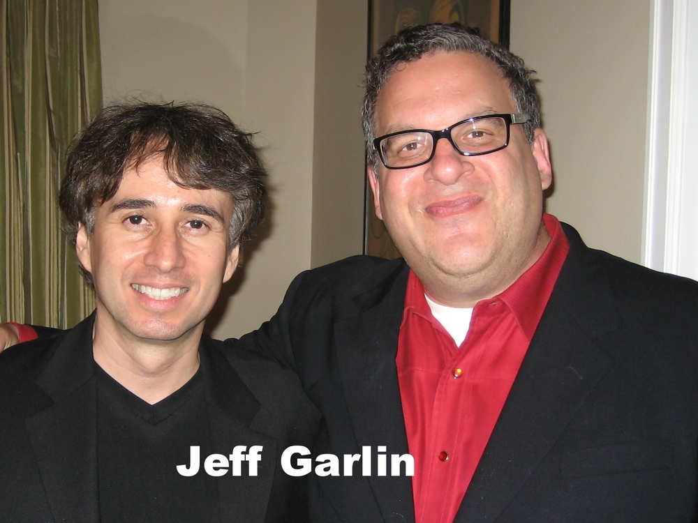 Jeff Garlin with Los Angeles magician Lou Serrano