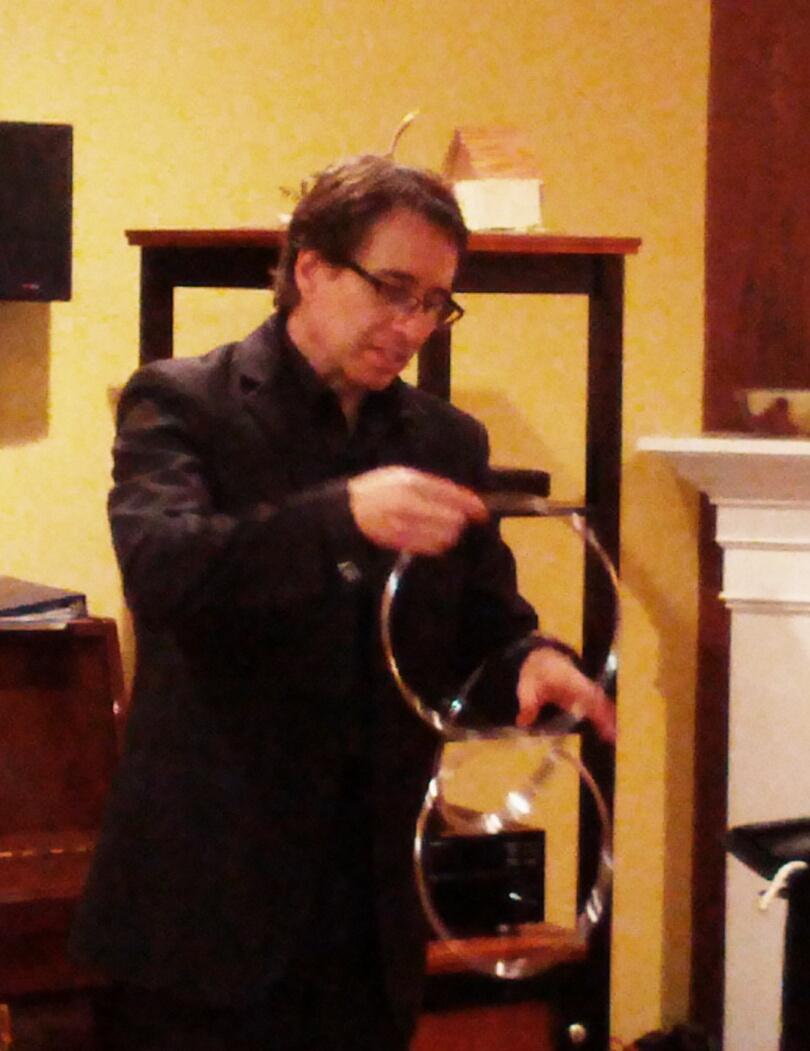 Los Angeles magician Lou Serrano.jpg