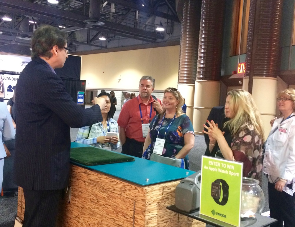 Trade Show Magician at PRSM National Conference