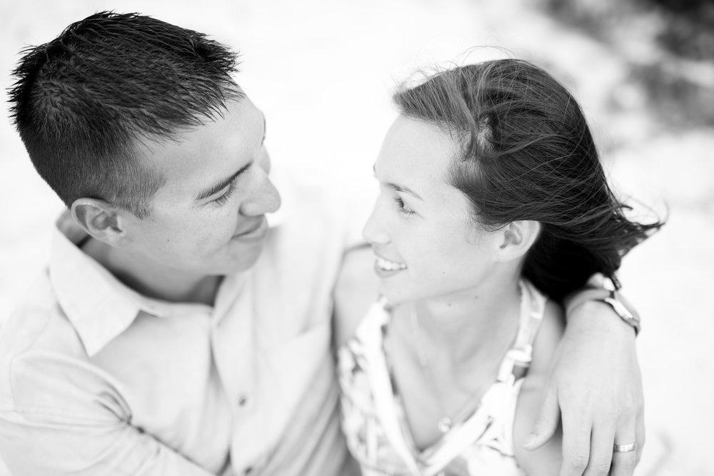 Memphis Engagement Photographer | Couples Photography