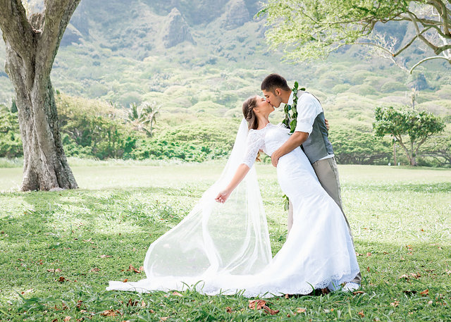 Oahu-Wedding-Photographer.jpg