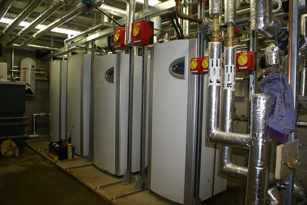 Commercial-Heat-Pump-Plant-Room.jpg