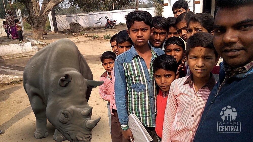 Lola Schoolkids India.jpg