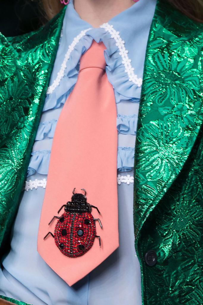 corbata gucci.jpg