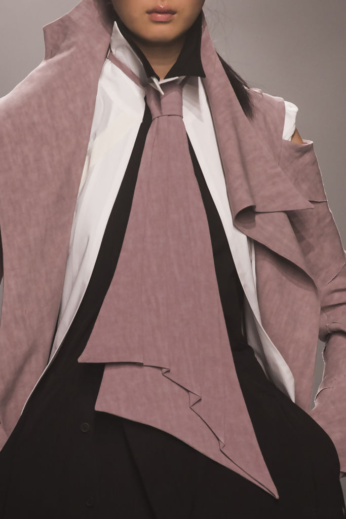 corbata irregular.jpg