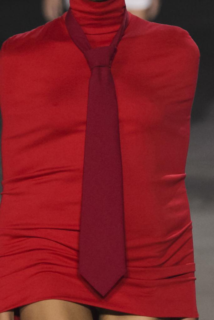 corbata roja.jpg