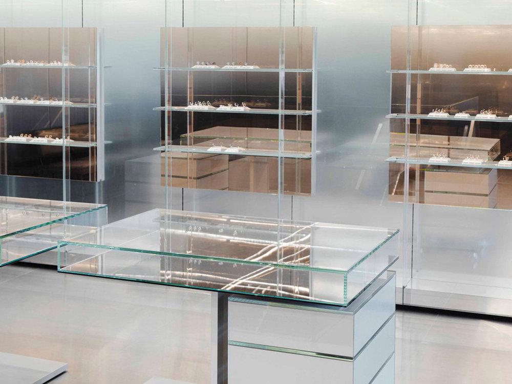 repossi_flagship_store_paris_007-1050x788.jpg