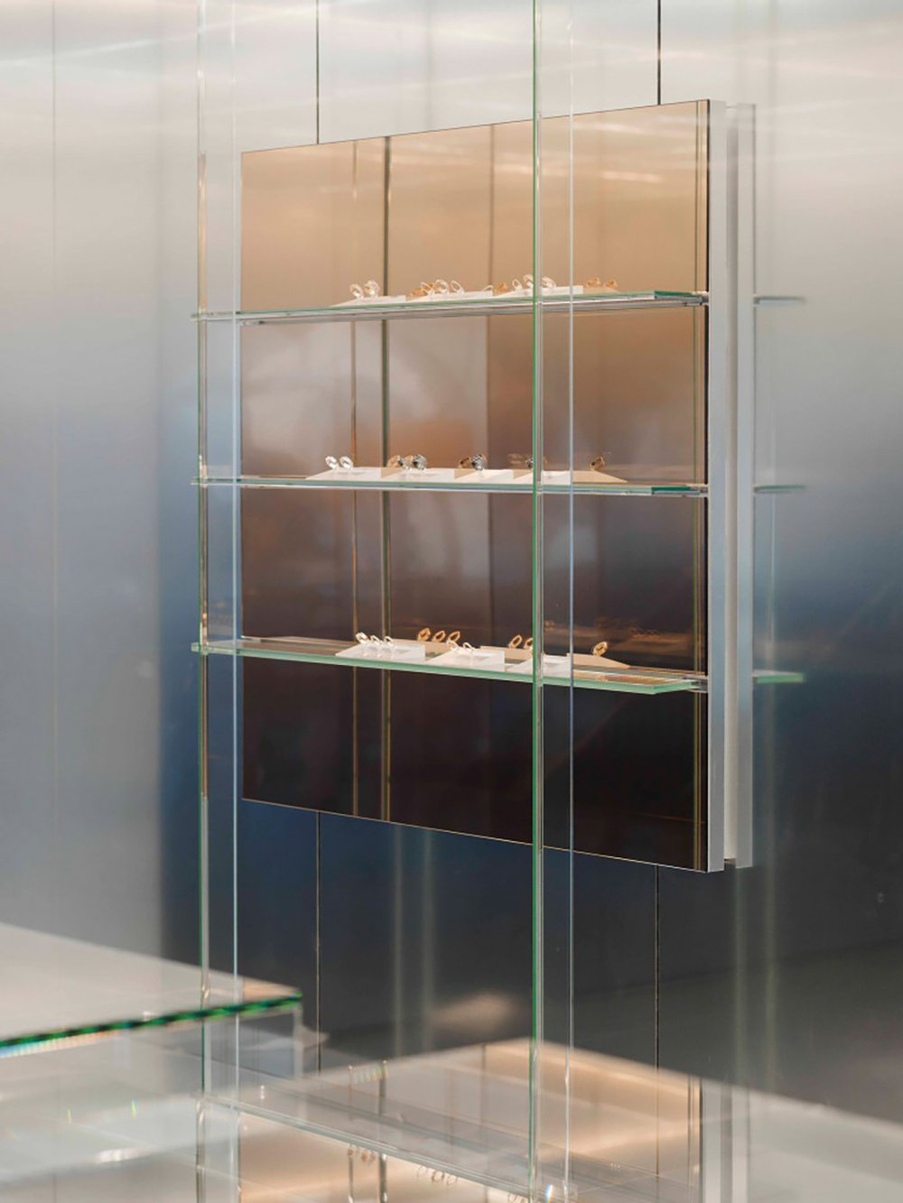 repossi_flagship_store_paris_009-1050x1400.jpg