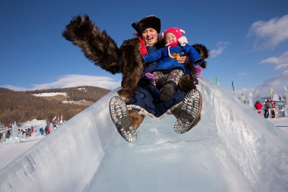 mongolia-ice-festival02.jpg